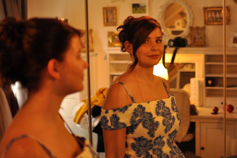 Stylistin: 50er Jahre Kleid mit Blumenmuster