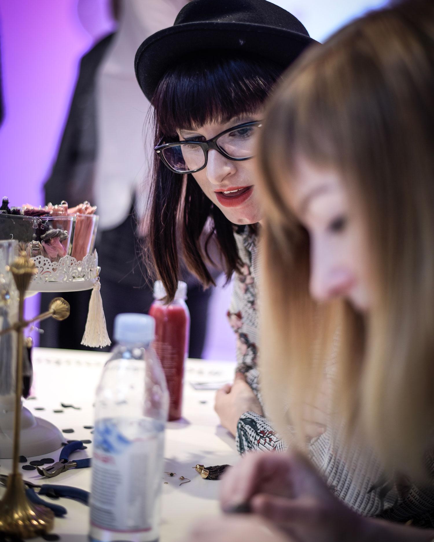 Hashmag: süsse Tassel-Ohrringe von Bijou Brigitte in DIY