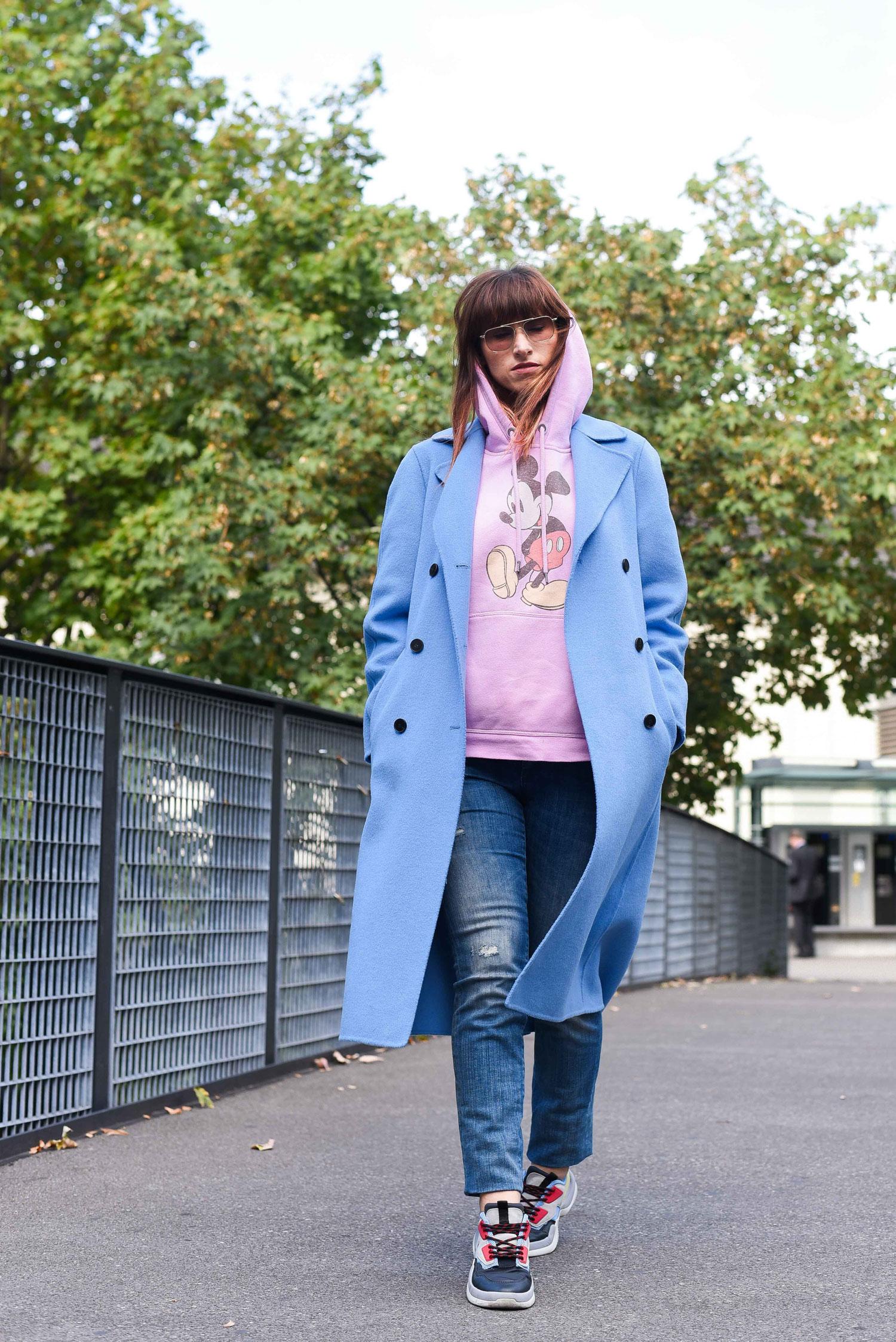 Chunky Sneakers von Zara, Jeans von Staffjeans&Co, Hoodie von H&M, Mantel von Zara